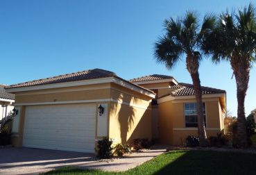 823 NW Rutherford Ct Port Saint Lucie, FL 34983