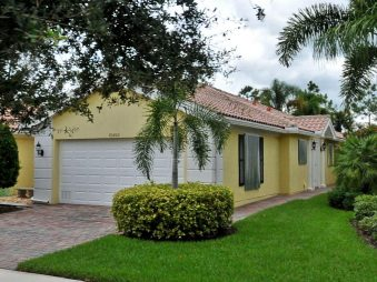 10453 SW Stratton Dr Port Saint Lucie, Florida 34987